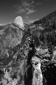 YosemiteFallsandbackofHalfDome